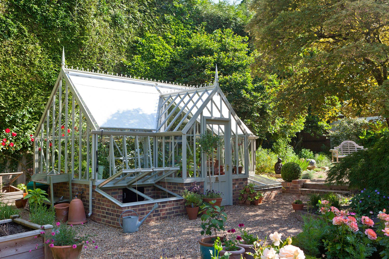 Glasshouse shades (Alitex greenhouse accessories)